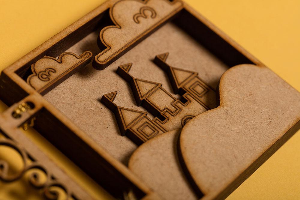 Chocolate Molinillo identity design