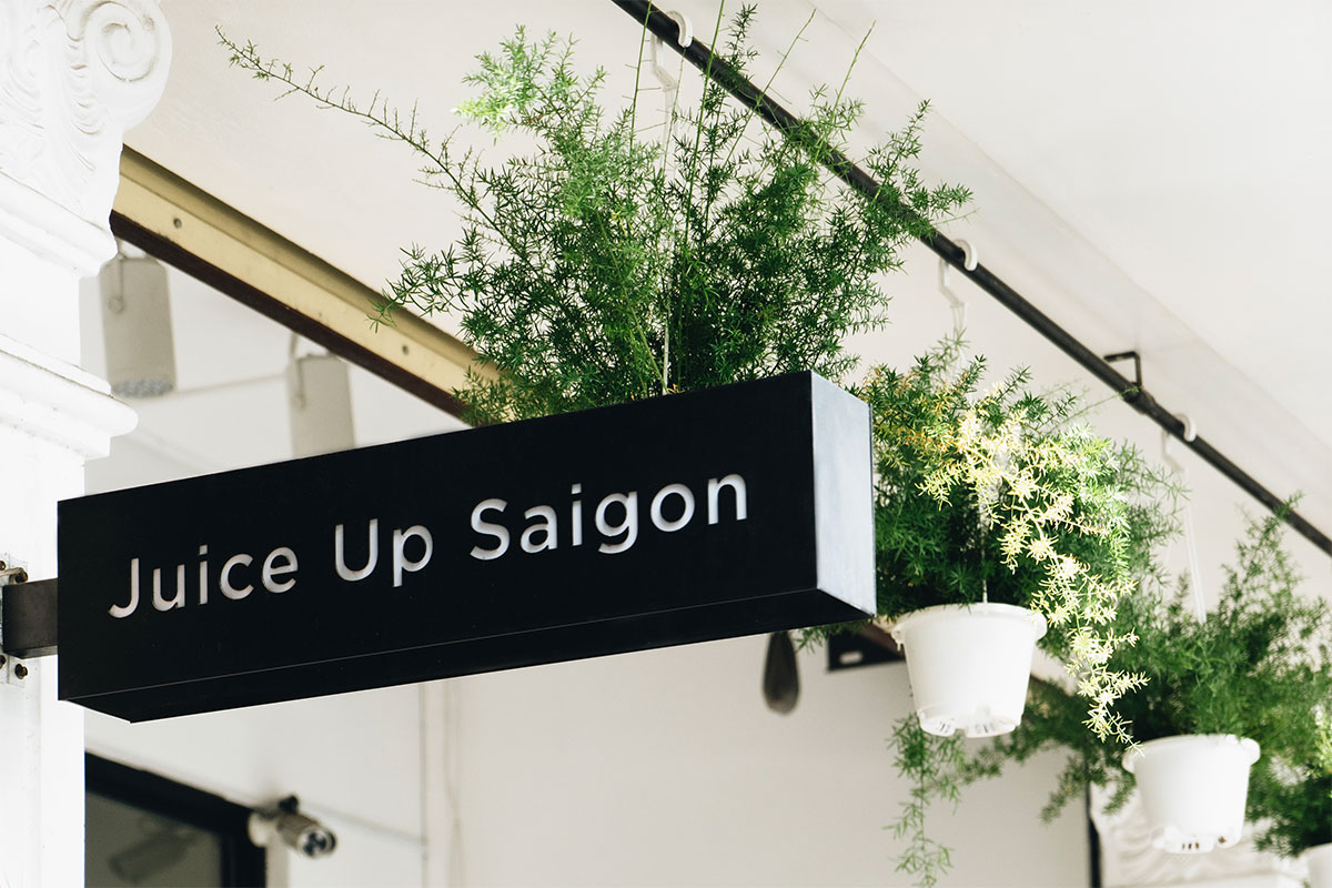 Juice Up Saigon identity